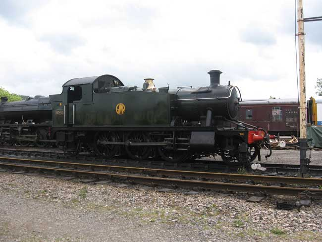 5542 in the yard at Winchcombe