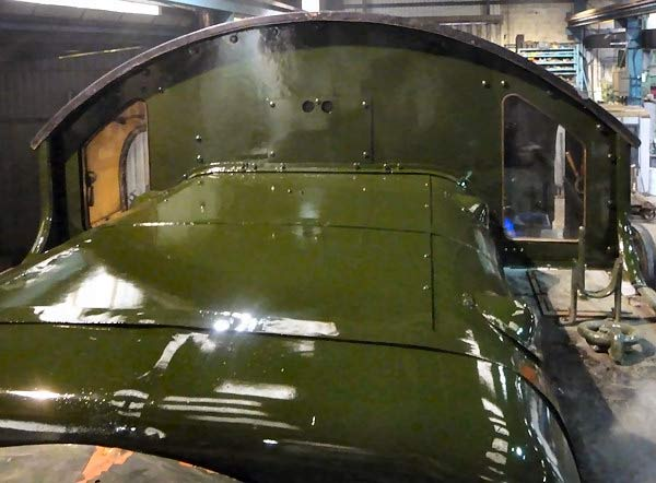 Paintwork on top of 5542.