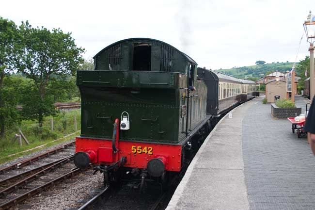 5542 at Totnes Littlehempston