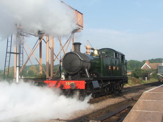 5542 taking water at Bishops Lydeard