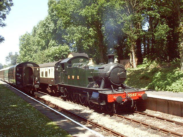 5542 at Crowcombe Heathfield station