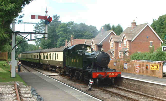 5542 at Crowcombe Heathfield with an up train